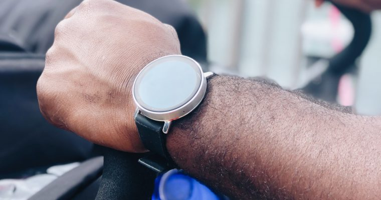 Misfit Smart Watch Review