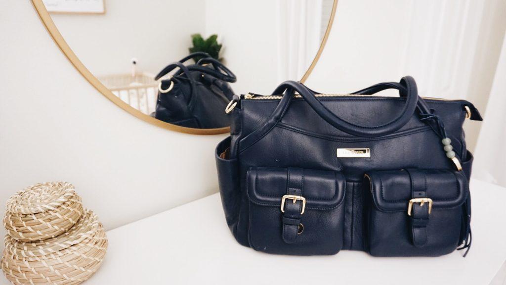 Elizabeth: Front of bag ...
